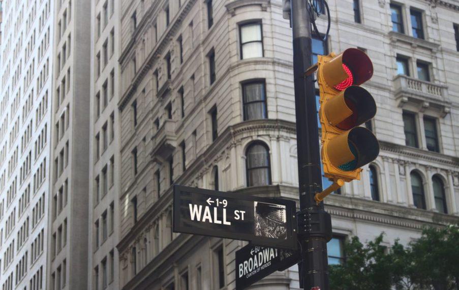 Bei extrem hohem KGV sollte man einen Aktienmarkt auch mal links liegen lassen