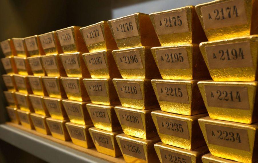 Zum Gold kaufen sollten Sie eine stabile Tüte mitnehmen