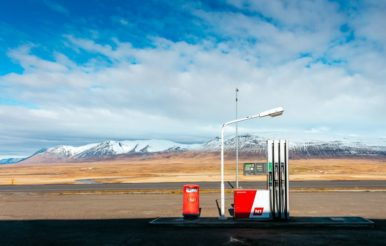 Nachhaltige Geldanlagen: Nachhaltige ETF investieren auch in Mineralöl- und Tankstellenkonzerne