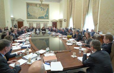 Anleihen: Der Offenmarktausschuss der Fed beeinfluss die Rendite von Bonds
